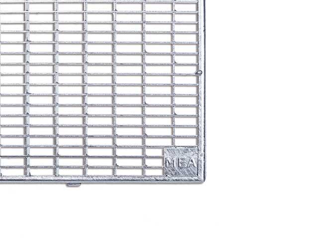 MEA Building Systems - Gitterroste für GFK-Lichtschächte